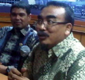 http://www.detiknews.com/read/ 2011/04/11/130445/1613309/10/ arifinto-mundur-dari-dpr?9911022