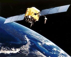 http://www.detikinet.com/read/2011/ 04/12/134158/1614422/398/ akhiri-ketergantungan-as-china-luncurkan-satelit-sendiri/